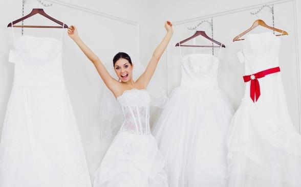 Белое платье в химчистку